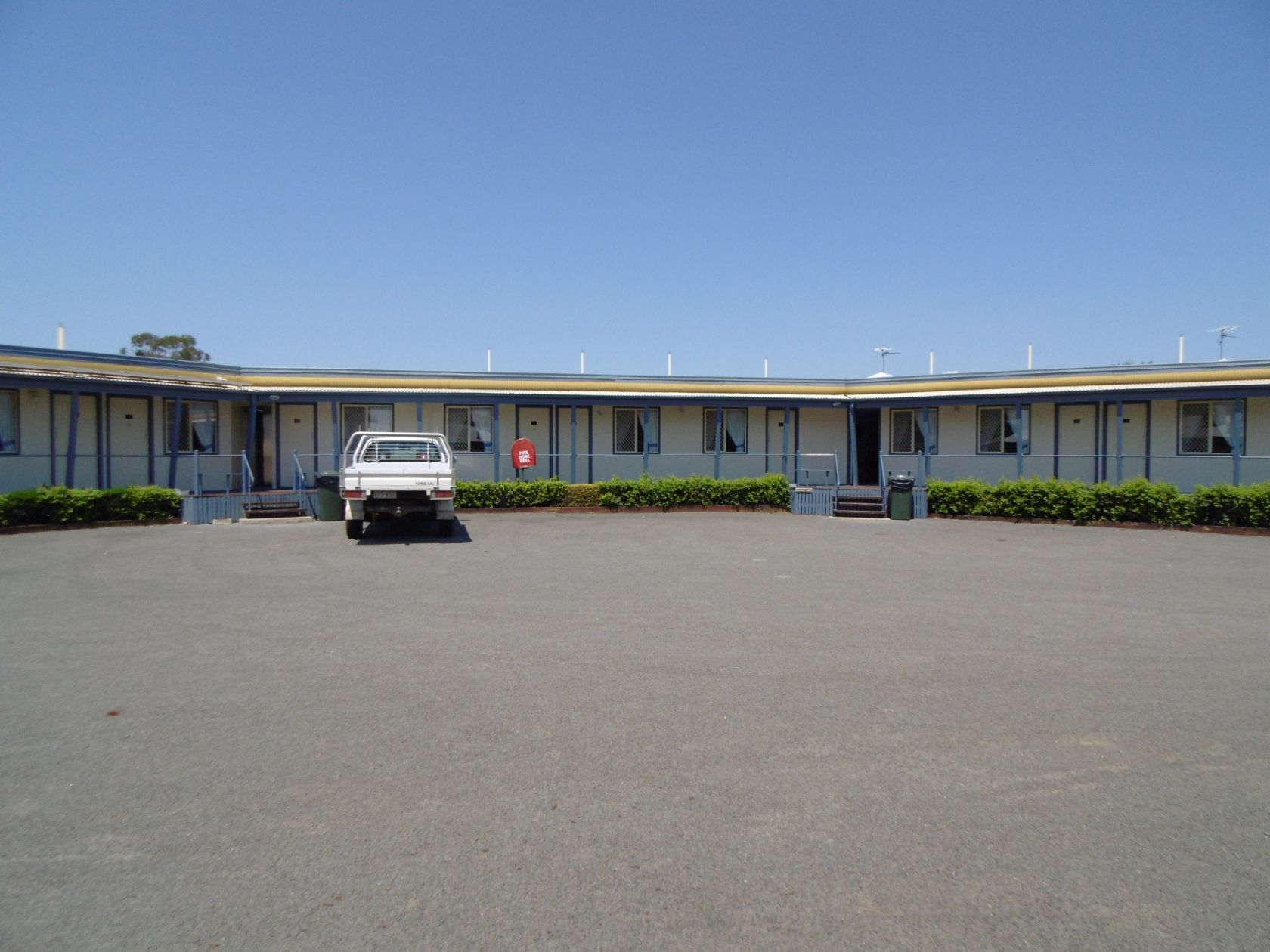 Rare As Hens Teeth - Freehold Motel In Roma