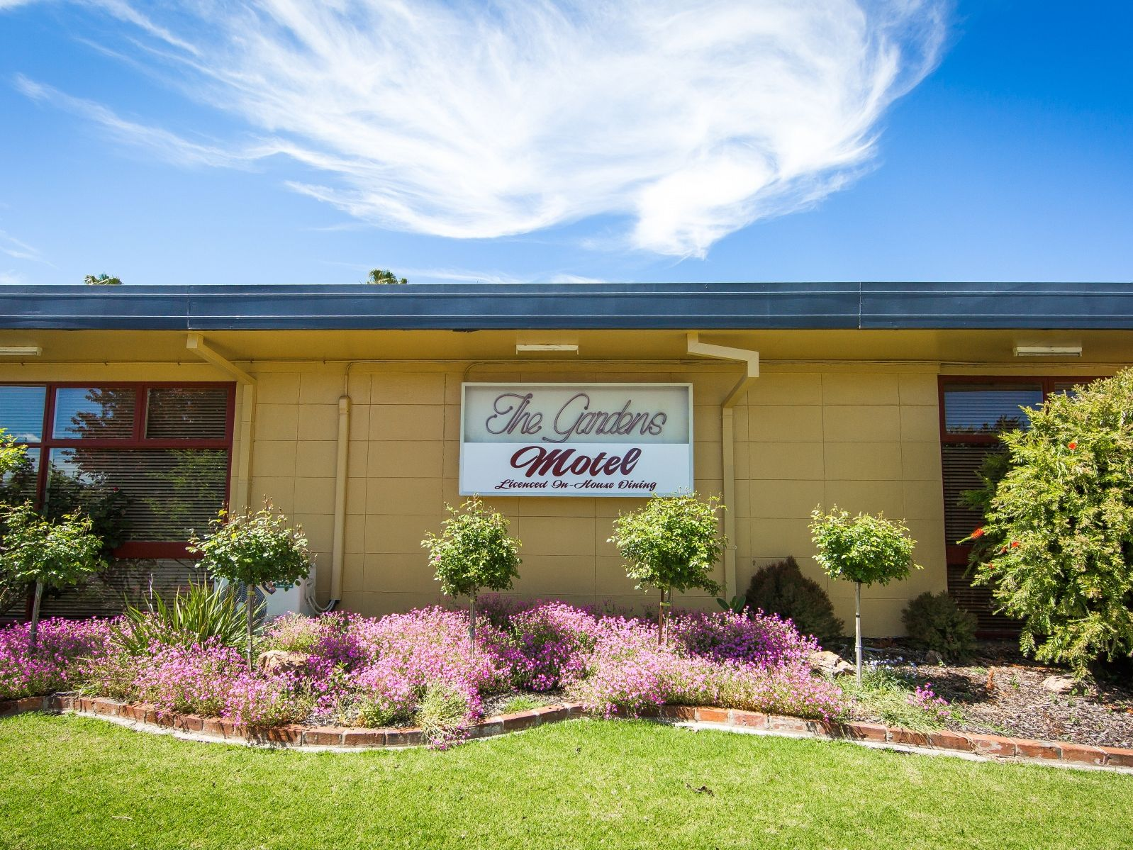 Beautiful Motel in the Gateway to the Riverina - Leasehold