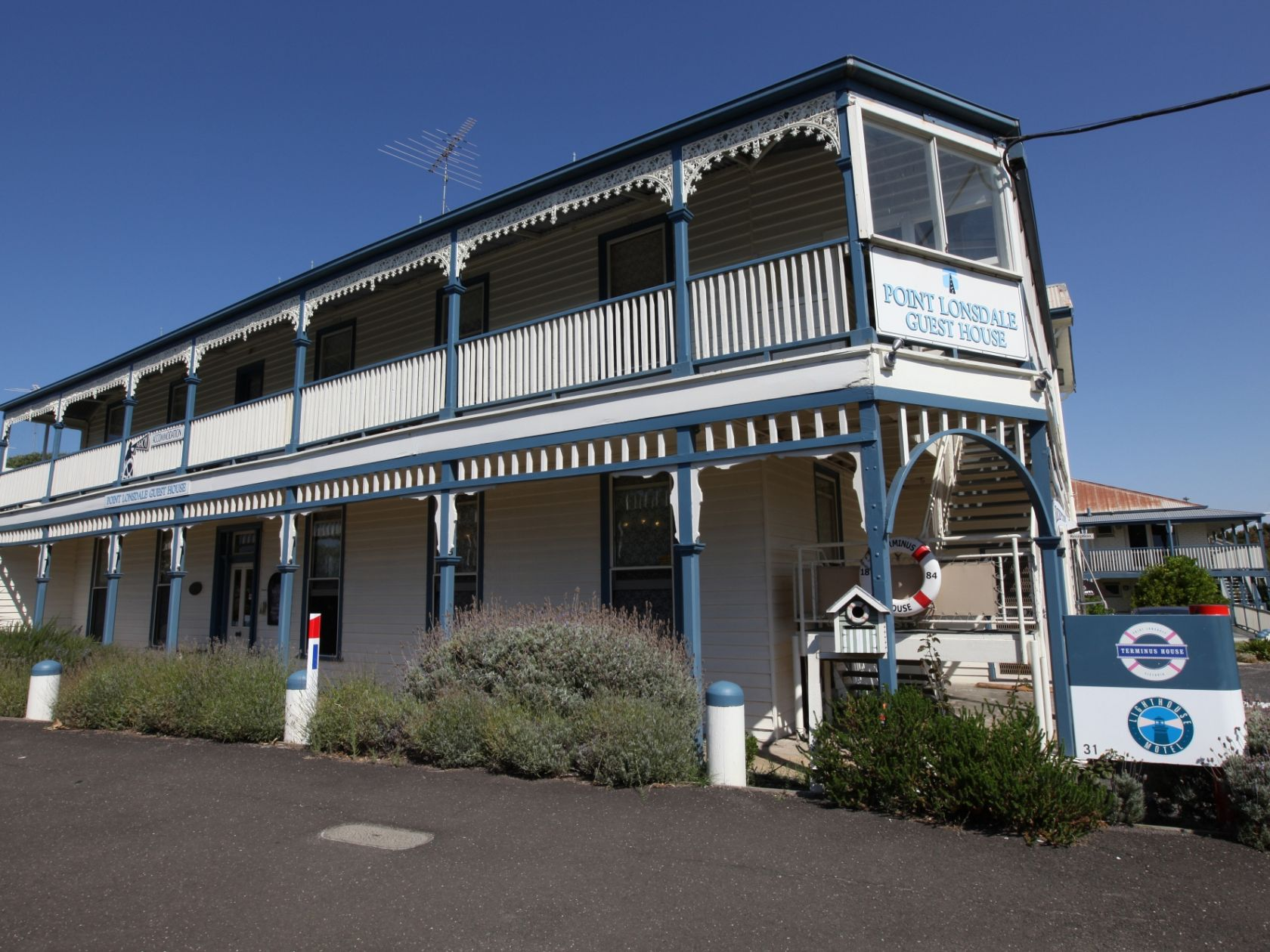 Leasehold Boutique Business - Victorian Coastal Town