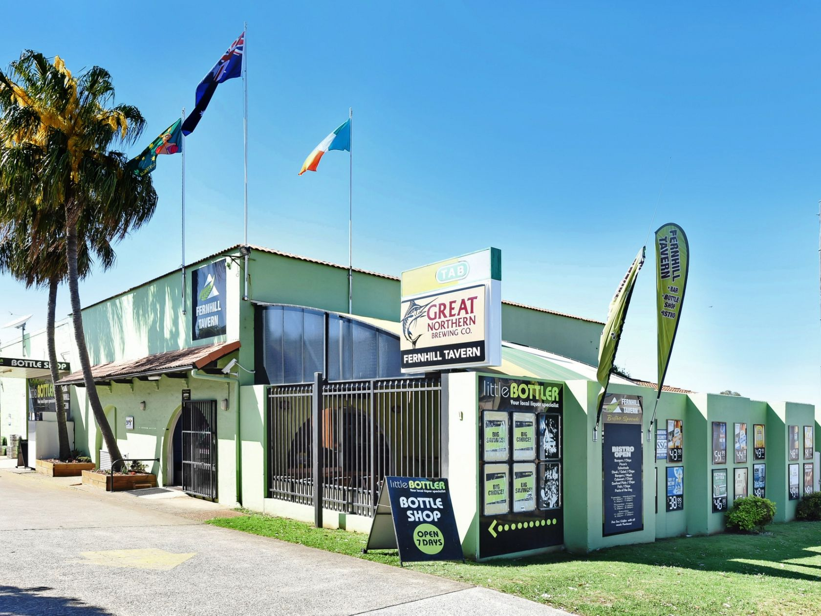 Rare Freehold Tavern Opportunity in the Booming Port Macquarie!