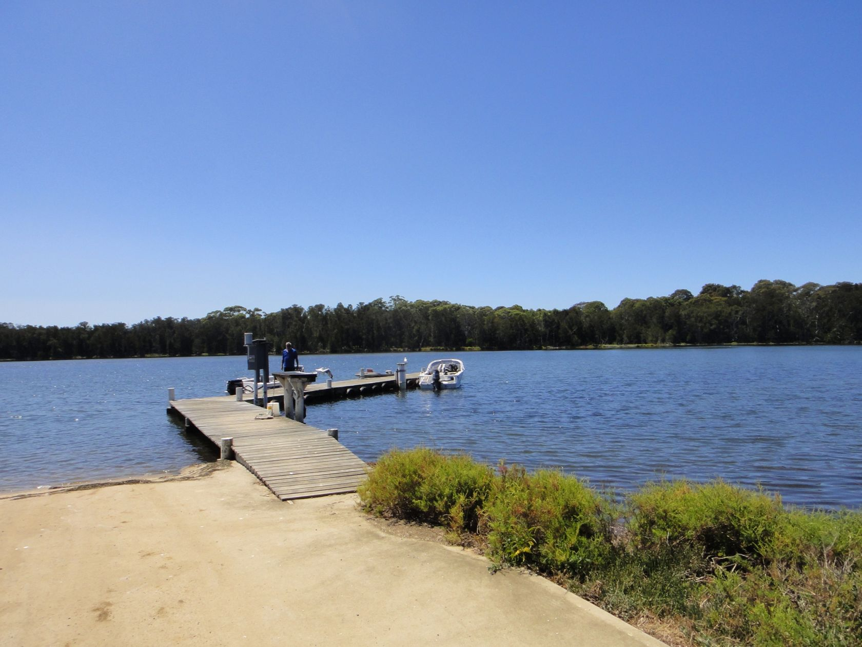 Breathtaking Freehold Waterfront Holiday Park