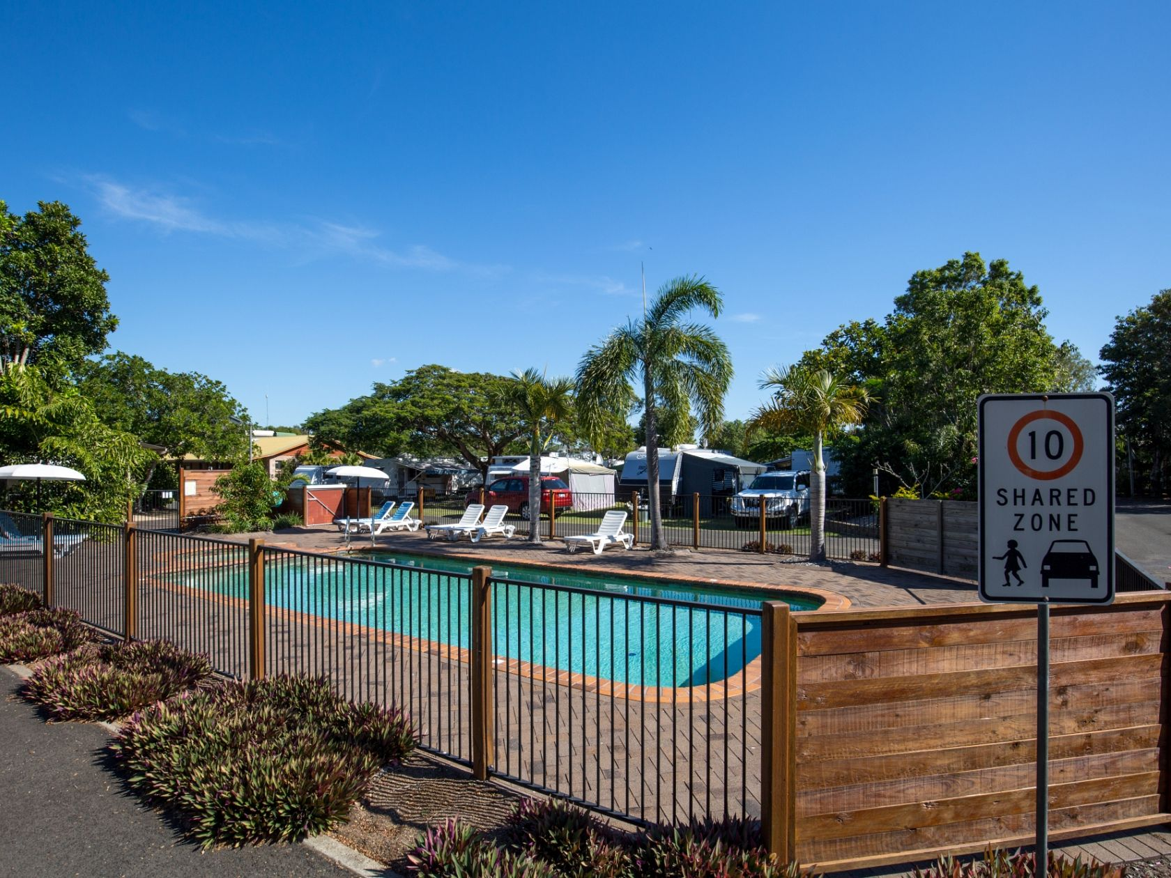 Fantastic Freehold Caravan Park by the Sea - Fraser Coast