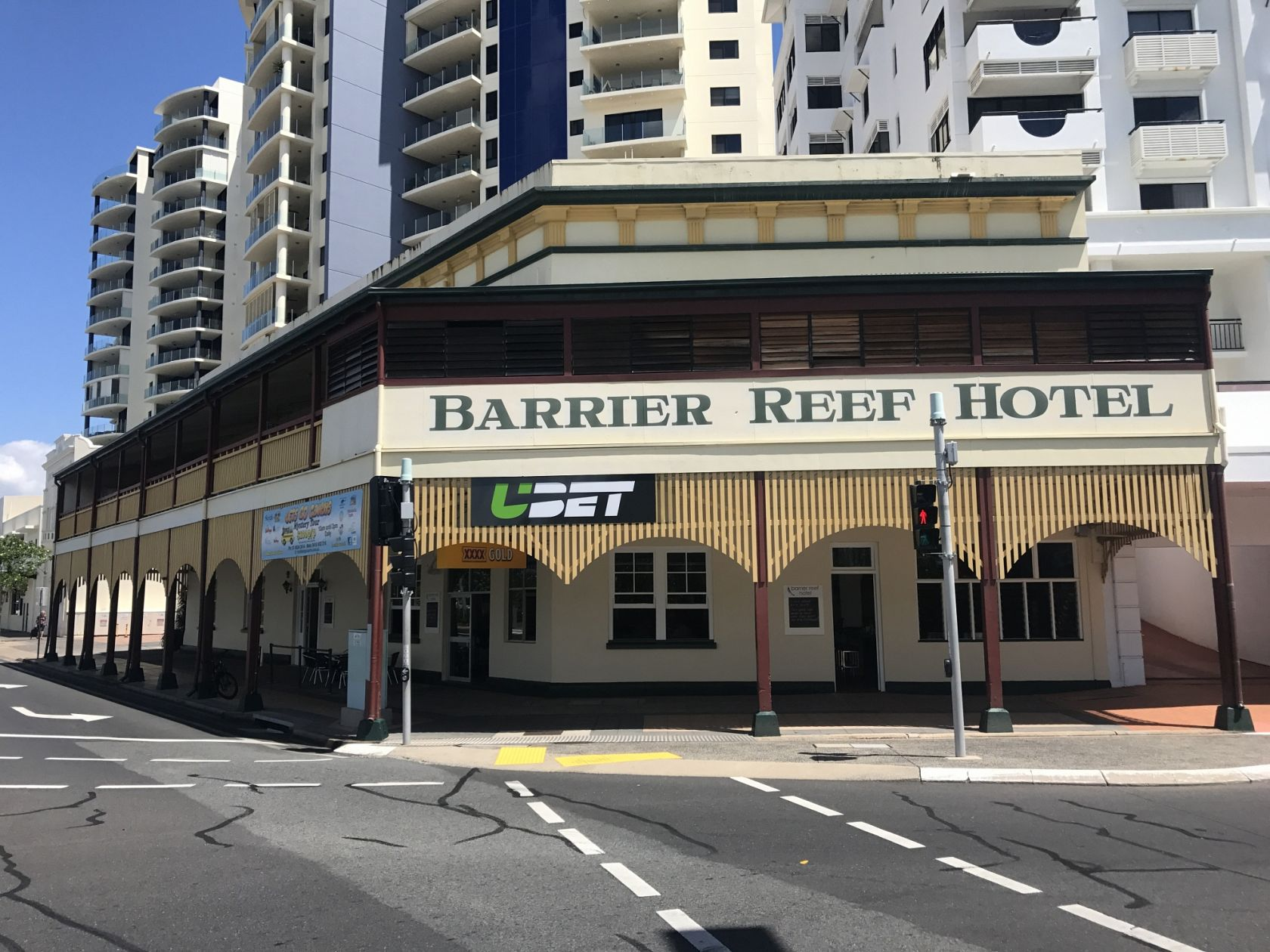 Freehold Hotel Cairns CBD