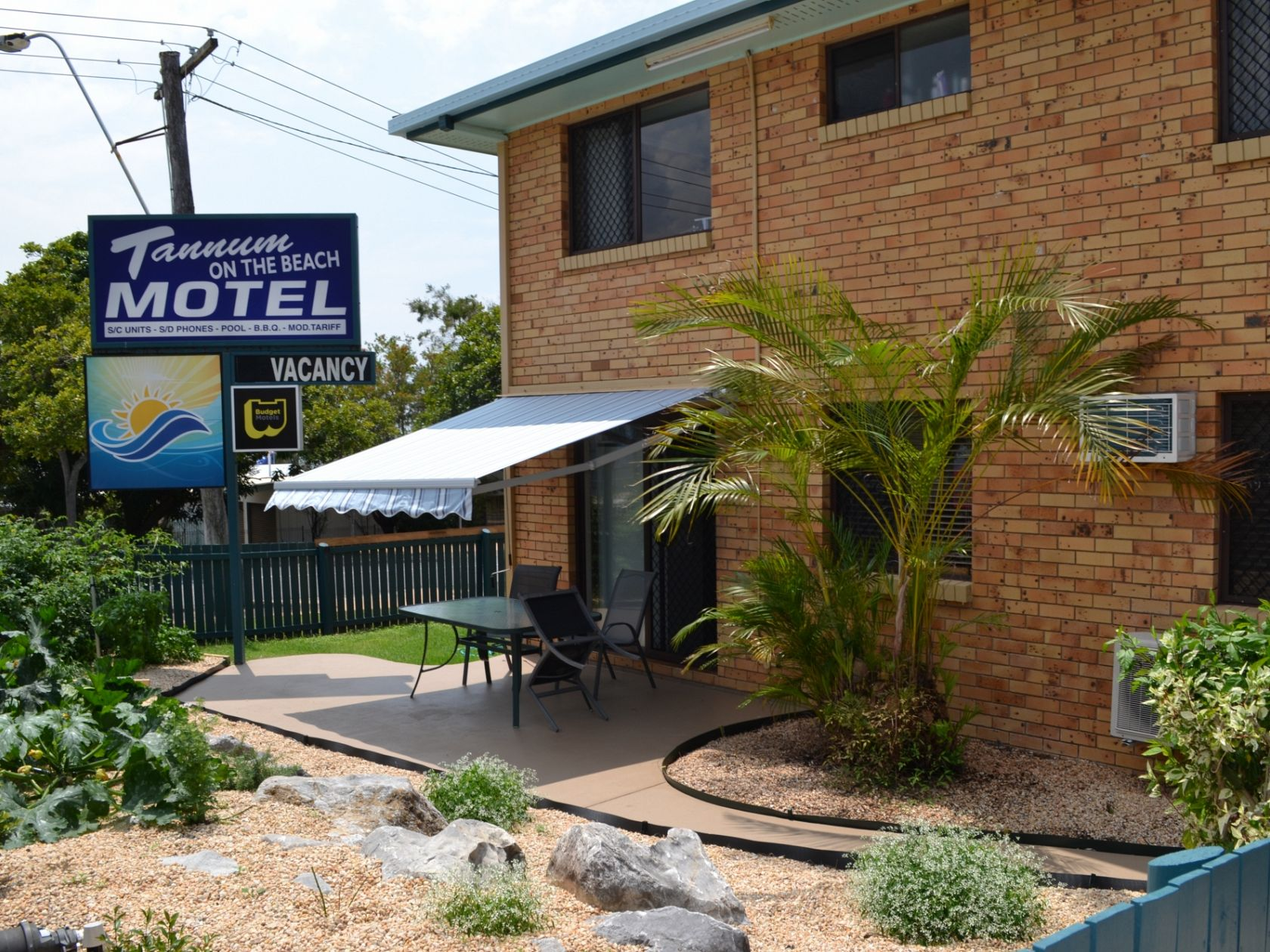 Fully Renovated First Start Motel on the Beach