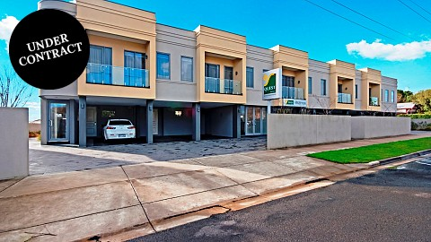 Leasehold, Apartment Hotels | VIC - South West | Quest Business on the Coast