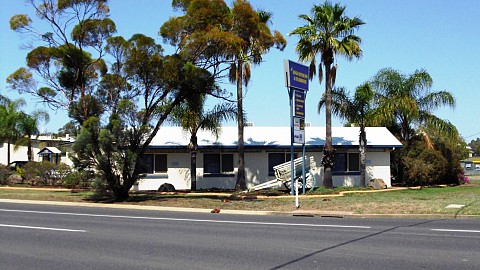 Freehold Going Concern, Motel | QLD - South | Rare As Hens Teeth - Freehold Motel In Roma