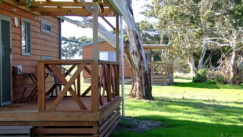 Freehold Passive Investment, Caravan / Cabin Park | SA - Eyre Peninsula | Kangaroo Island Exclusive Cottages and Backpackers