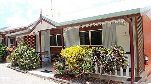 Freehold Going Concern, Backpackers | QLD - North | Freehold Beauty With Up-Shot