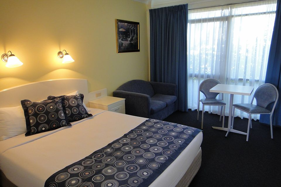 Profitable Motel In The Heart Of The Riverina - Leasehold