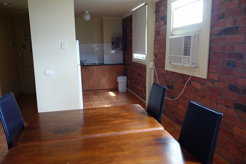 Tightly Held Serviced Apartment Hotel in Heart of Geelong