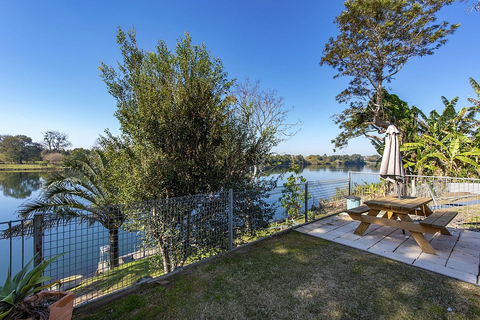 Riverfront Freehold Motel and Passive Park Asset on NSW Mid North Coast