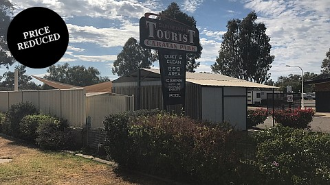 Leasehold, Caravan / Cabin Park | NSW - North West | Leasehold - Country Caravan Park - High Return With Super Low Rent Ratio!
