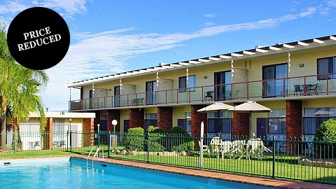 Leasehold, Motel | NSW - Tamworth | Calling All Large Leasehold Buyers - Low Rent With Revenue On The Up!