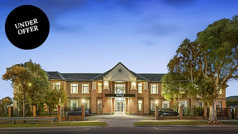 Leasehold, Apartment Hotels | VIC - Melbourne | Refurbished Suburban Melbourne Hotel In Key Corporate Market