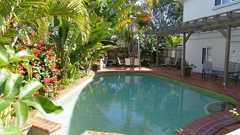 Freehold Going Concern, Motel | QLD - South | Beachside Freehold Apartment Motel Sunny Queensland Coast