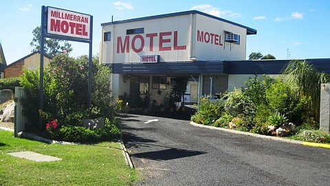 Leasehold, Motel | QLD - South | Entry Level Leasehold Motel $100,000 In Forward Bookings