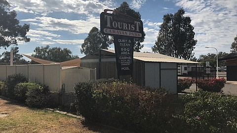 Leasehold, Caravan / Cabin Park | NSW - North West | Leasehold - Country Caravan Park - High Return!