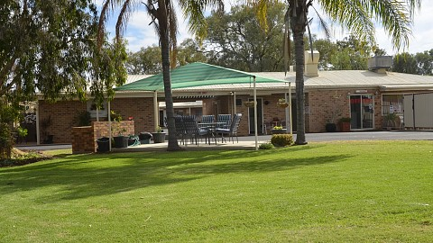Leasehold, Motel | QLD - South | West For Dough 40% ROI Leasehold Motel