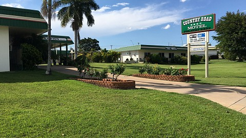 Freehold Going Concern, Motel | QLD - Townsville Mackay | Country Setting Motel Prime Position on Western Highway